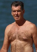 Male celebrity Pierce Brosnan nude & underwear pix