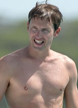 Male celebrity James Blunt paparazzi shirtless pix