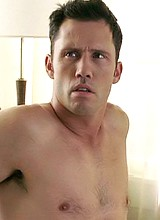 Jeffrey Donovan naked and sexy caps
