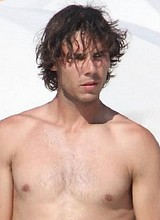 Rafael Nadal caught by paparazzi tanning on beach