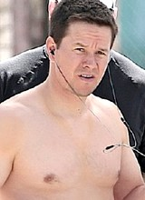 Male celebrity Mark Wahlberg paparazzi naked shots