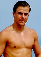 Male celebrity Derek Hough paparazzi shirtless pix
