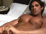 Hunky Bodybuilder Stud Jacking