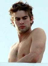 Actor Chace Crawford caught by paparazzi shirtless