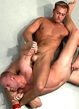 Two ripped muscular studs fight for real and fuck each other in the ass.