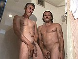 Big cock mature muscles fuck after taking a shower