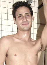 Two rookie fellows suck and screw in a shower room