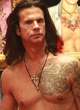 Male celebrity Lorenzo Lamas paparazzi nude photos