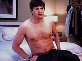 Male celebrity Ashton Kutcher caught totally naked