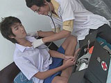 Doctor Twink gives patient some kinky medical exam