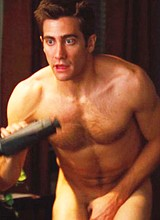 Male celebrity Jake Gyllenhaal caught totally nude