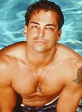 Male celebrity Richard Grieco shirtless posing pix