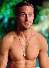 Male celebrity Ryan Gosling shirtless and hot pics
